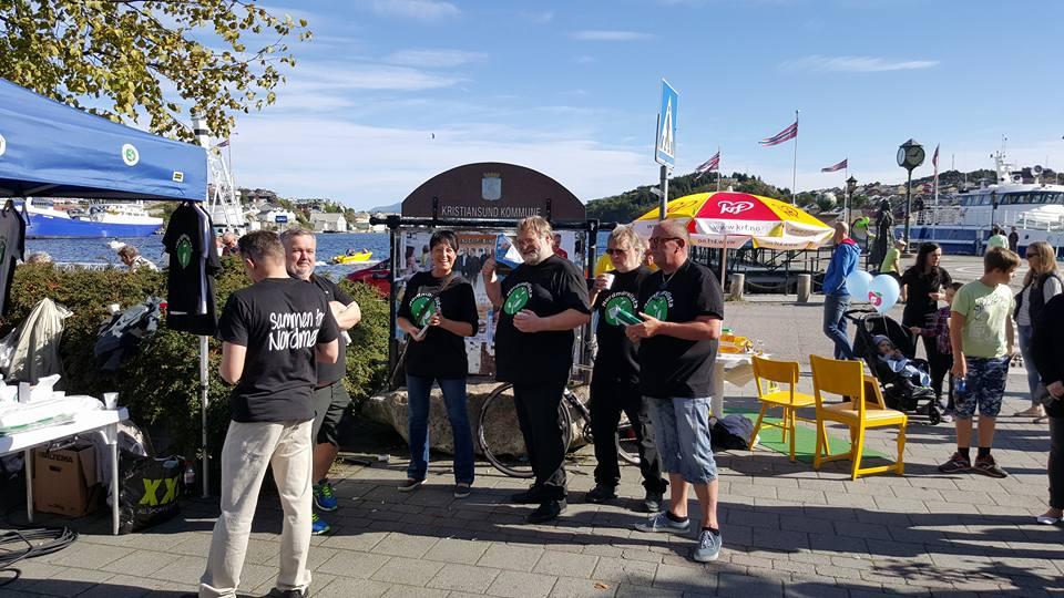 Stand på rådhusplassen, Kristiansund 12. september 2015. Foto: Hans Ottesen